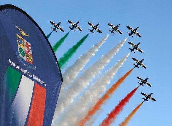Fiamme tricolore Aeronautica Militare