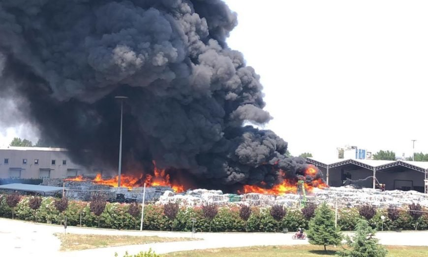 Incendio Caivano (NA)