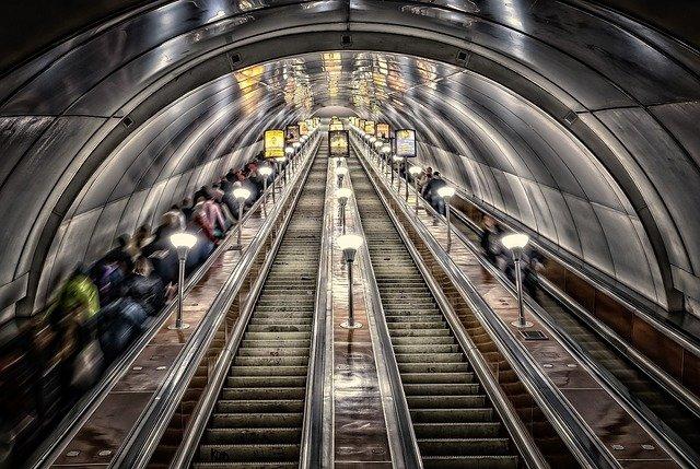 Rinvenute grosse quantità di amianto nella metropolitana di Roma